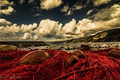 reti  (porto di Scilla) (paolotrapella) Tags: clouds sky cielo reti red mare scilla calabria nuvole sea rosso
