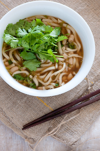 udon noodle & white bean soup