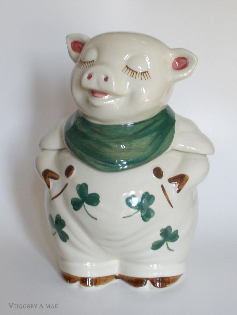 Shawnee Shamrock Smiley Pig Cookie Jar