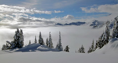 swift valley and baker lake under a blanket of cloud (Vida Morkunas (seawallrunner)) Tags: morning winter sky usa snow fog clouds washington baker skiing cloudy january windy sunny wa snowshoeing artistpoint blustery cwall 2011 dailyrayofhope mountbakerresort ihaveasunburnfromstaringatthesunforafewhours