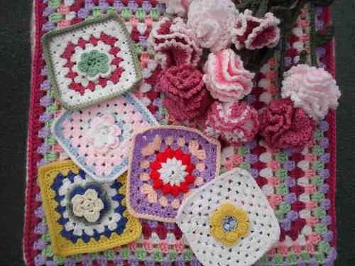 Beautiful Flower Squares Thank you! I love them. Do you Ladies?....>
