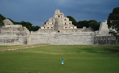 Edzn (Boris Forero) Tags: mexico ruinas cinco acropolis campeche arqueologia pisos edzna