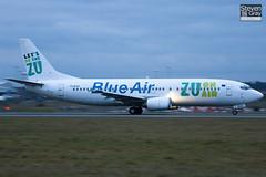 YR-BAE - 28723 - Blue Air - Boeing 737-4YO - Luton - 110127 - Steven Gray - IMG_8590