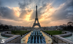 Another day (A.G. Photographe) Tags: paris france tower nikon tour eiffeltower sigma eiffel toureiffel ag nikkor 1224mm franais hdr parisian 1224 anto photographe xiii parisien newvision photomatix d700 1224mmsigma antoxiii photoengine hdr7raw oloneo agphotographe stunningphotogpin peregrino27newvision