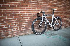 Parlee + Fairwheel Bikes + McFetridge 3 Speed Fixie (scurvy_knaves) Tags: oregon portland cycling nikon track gear bicycles fixed pdx fixie velo geoffmcfetridge d90 parlee ciclisimo hetfairwheelpodium mcfetridge3speedfixie fairwheelbike