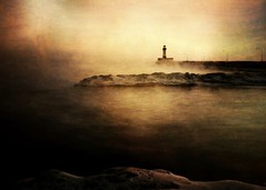 cameraphone lighthouse lake with an steam smartphone... (Photo: Emily Bemily on Flickr)