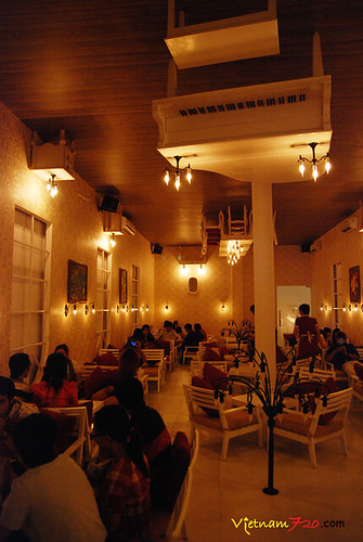 Up Cafe Saigon 014