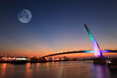 Lovers Bridge / 淡水情人橋 (kth517) Tags: taiwan 台灣 淡水 aftersunset danshui loversbridge 黃昏 淡水情人橋