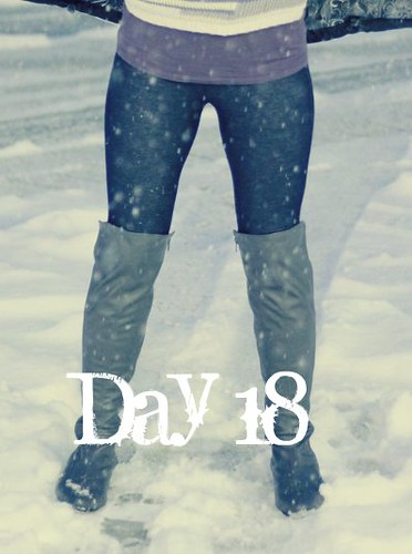 February Tights Challenge: Day 18