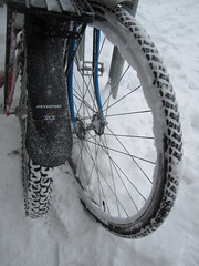 "Feb. 20 storm- 12"" (Low) Tags: snow bike bicycle ross lotus snowstorm minneapolis february mn mixte 2011 winterbike barbette studdedtire alabamans lotusspecial"