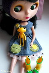 He-he)) Little guy is home! (migaangel) Tags: doll dress boots frog fortune blythe rement goldie froggy buttonarcade wonderfrog wandafriend