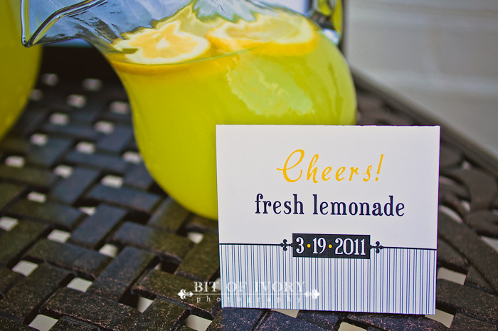 yellow lemonade wedding stand