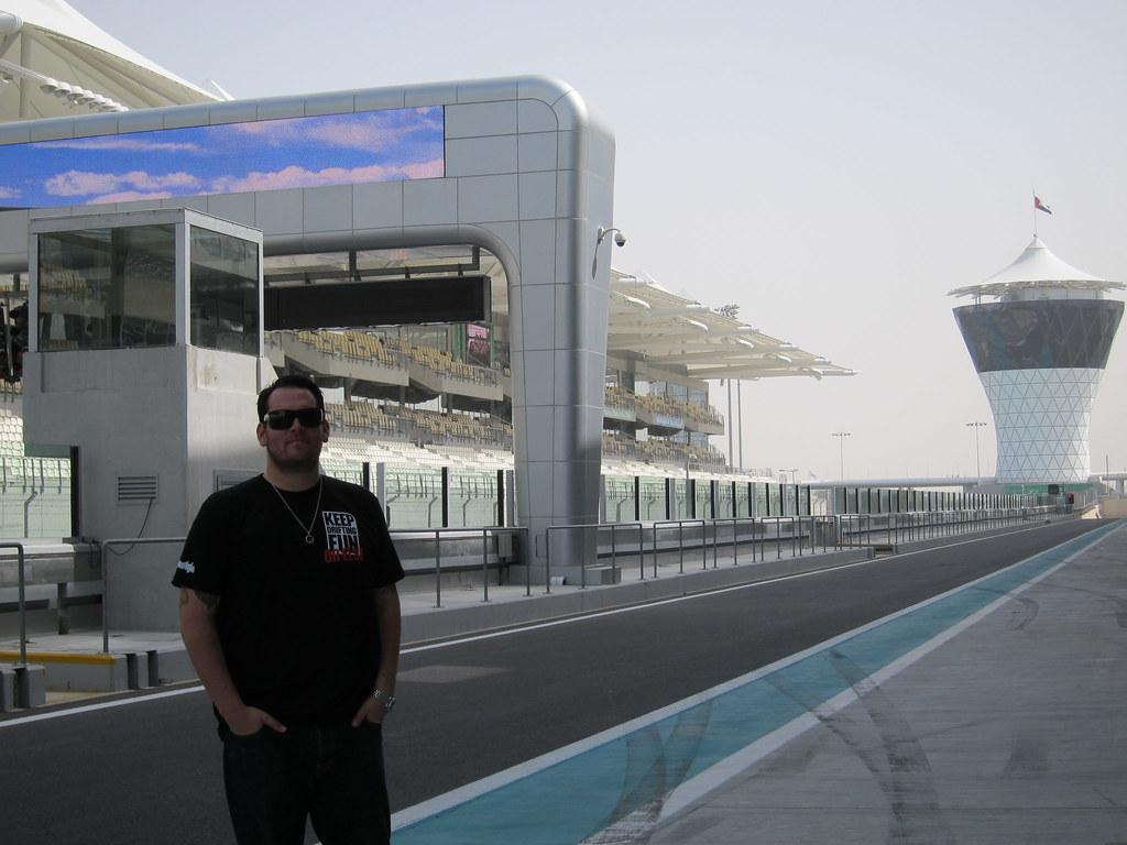 Abu Dhabi Feb 2011 Davis Bday 075
