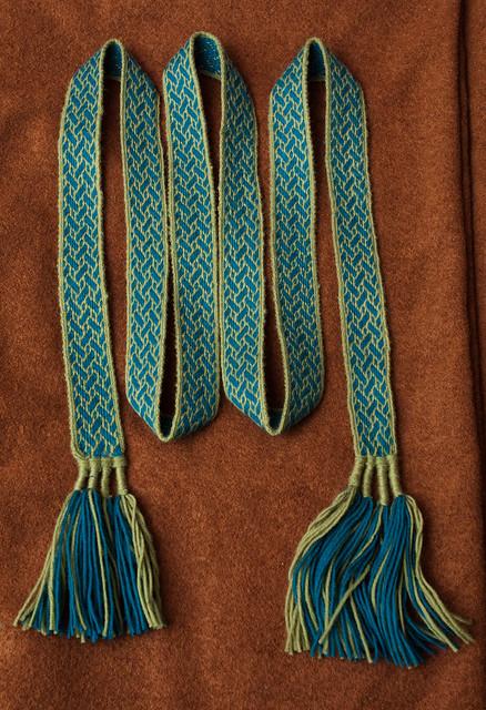 My tablet woven belt according Birka motif