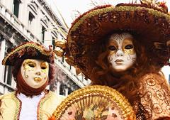 Antico (C.Liga) Tags: carnival venice italy brown italia carnevale venezia marrone maschere veneto canon450d