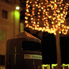 (buttha) Tags: 120 6x6 film night analog mediumformat lights sanmarino bokeh luci garbagecan notte spazzatura bidone hasselblad500cm kodakportra800 immondizia analogico cestino medioformato autaut tetenalcolortecc41 canoncanoscan8800f carlzeissplanarcf80mmf28t kodakportra8001600
