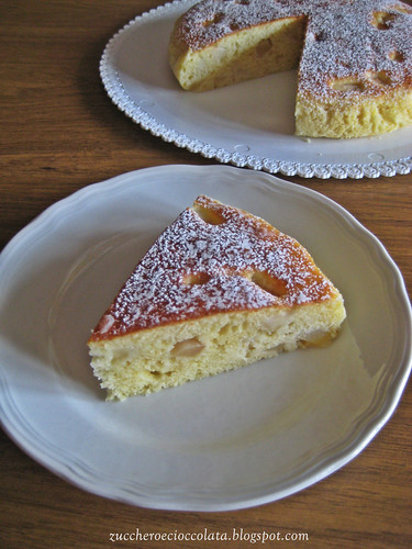 torta soffice con ricotta e pere