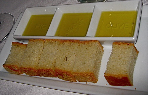 3 olive oils served