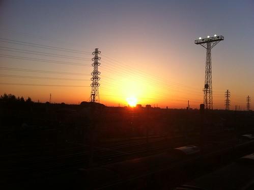 東日本大震災後の夜明け