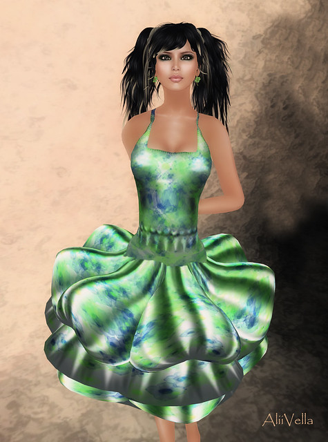 FFL CLIO MARION MOSS DRESS &  AMACCI HAIR SUZY