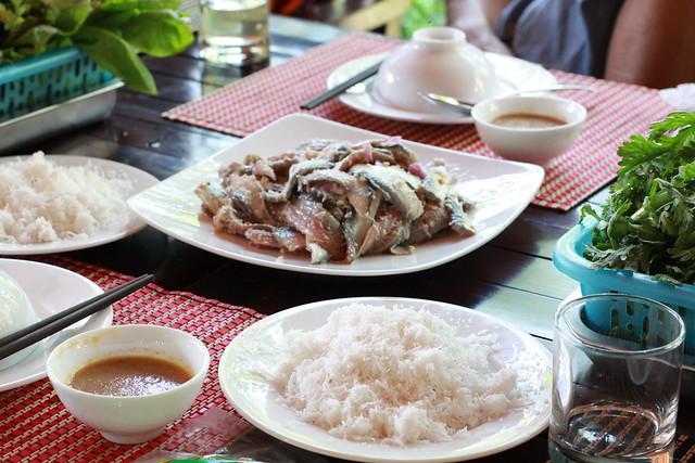 Gỏi cá Trích - đặc sản Phú Quốc