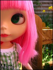 She's smiling after all !♥ |  Blythe Simply Guava