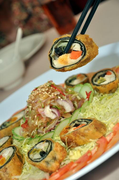 Wan Jia Restaurant Seaweed Roll