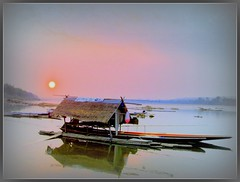 Mekong River, Chiang-Khan,Thailand (P. Suesskind) Tags: sunset nature water landscape thailand asia level laos mekong isaan loi mekongriver issan thegalaxy chiangkhan doublyniceshot tripleniceshot mygearandmepremium mygearandmesilver mygearandmegold mygearandmeplatinum mygearandmediamond dblringexcellence tplringexcellence motorbiktrip aboveandbeyondlevel1 eltringexcellence 4timesasnice 6timesasnice 5timesasnice 7timesasnice aboveandbeyondlevel2 aboveandbeyondlevel3 rememberthatmomentlevel4 rememberthatmomentlevel1 rememberthatmomentlevel2 rememberthatmomentlevel3 rememberthatmomentlevel7 rememberthatmomentlevel9 rememberthatmomentlevel5 rememberthatmomentlevel6 rememberthatmomentlevel8 rememberthatmomentlevel10 level9celebritisofphotographyforrecreation