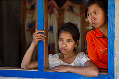 05 Kids At the Window (Ursula in Aus (Away)) Tags: window girl female laos lao ethnicminority attapeu earthasia taliang thaitextilesociety monkmer bansivalai