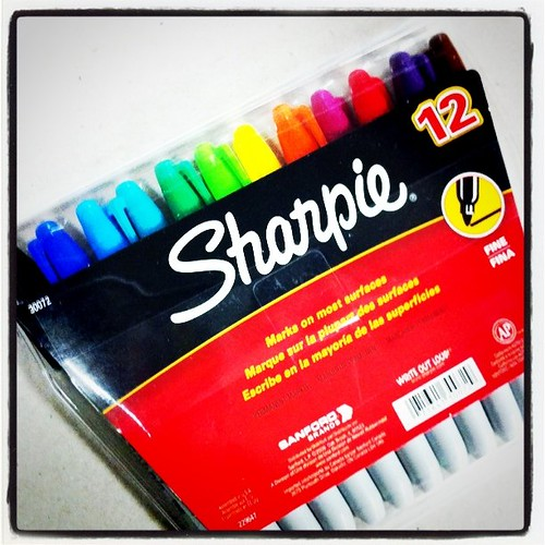 I love @Sharpie and this rainbow pack of awesomeness!