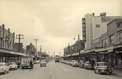View of Maitland Road, Mayfield, NSW, Australia [c. 1950s] (UON Library,University of Newcastle, Australia) Tags: newcastle australia nsw mayfield vinco hanburystreet maitlandroad newcastleandhunterdistricthistoricalsociety a8803p1248 mayfieldcinema