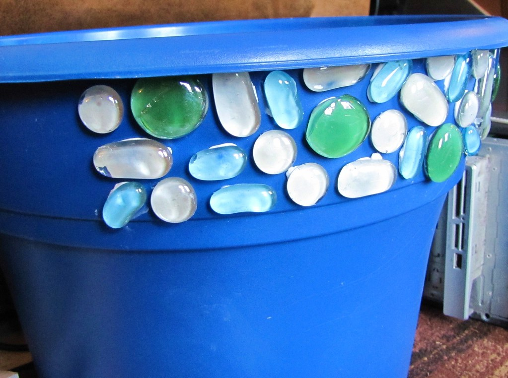 Flower Pot with Glass Stones