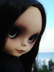 ready to go home to mama.... (Vainilladolly) Tags: dark doll vampire blythe custom ebl vainilladolly