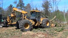 IMG_1502 (M.Bouzakine) Tags: forestry logging skidder fellerbuncher