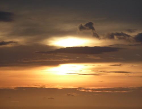 Negros-ciels de Poblacion Beach (37)
