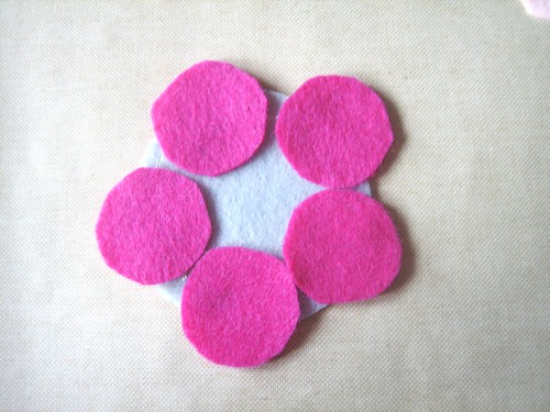 Felt Flower Brooch - Layer 1