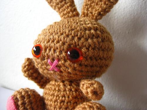 Amigurumi bunny side