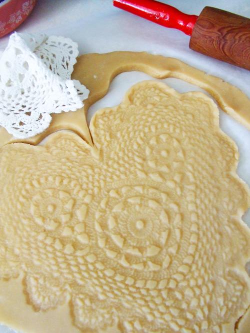doily-print-on-dough