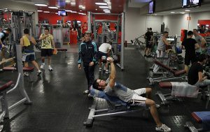 ¿Para que sirve el deporte?   Gimnasio Alhondiga Bilbao by LaVisitaComunicacion