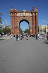 "Triumfbågen / Arc de Triomf, Barcelona • <a style=""font-size:0.8em;"" href=""http://www.flickr.com/photos/23564737@N07/5627788199/"" target=""_blank"">View on Flickr</a>"