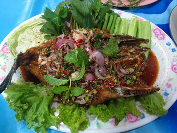 Nam tok pla chon tod น้ำตกปลาช่อนทอด