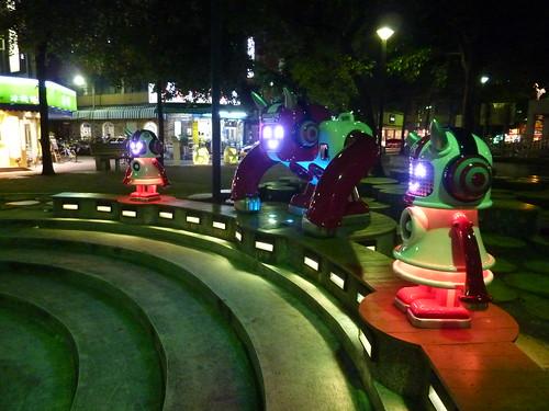捷運中山站的音響機器人