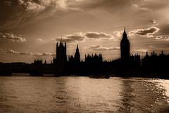 London (MB fp) Tags: paisajes naturaleza london delete10 delete9 delete5 delete2 edificios europa delete6 save3 delete8 delete3 delete delete4 save save2 save4 londres save5 acuaticos deletedbydeletemeuncensored paisesviajes