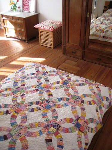 30´s Double Wedding Ring Quilt Made with Aneelas Pickledish Quiltalong