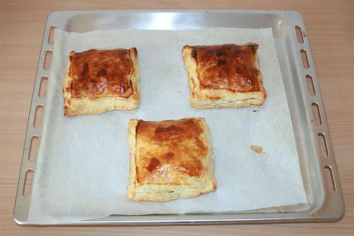 21 - Blätterteigtaschen / Pastry puffs - Fertig gebacken