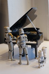 The Clones is playing the piano at Bokia in Helsingborg (i)