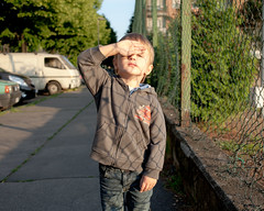 (paolomezzera) Tags: boy portrait urban sun net fence torino wire child son canonef35mmf2 periferia ritratto 2yearsold rete setthecontrolsfortheheartofthesun barrieradimilano paulmezzer
