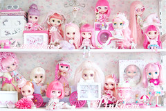 blythe is family, pink is friendly, year on an-ni-ver-sa-ry