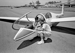 1998-08-29-01 02 Mark on Glider