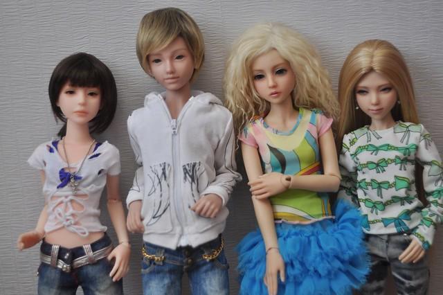 Live dolls
